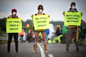'Human Chain Against Coal' in Kerkwitz