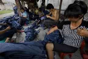 Sewing Jeans in Guangdong Province