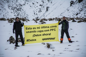 Detox Outdoors Action at Xinantecatl Volcano in Mexico