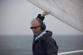 Rainbow Warrior Sails to London