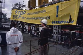 Toxics Action Blocking AKZO Quay at Chemiehaven in Rotterdam