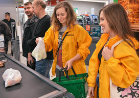 "Volunteers Action against Plastic Bags in Nizhny Novgorod near the ""Perekrestok"" Supermarket"
