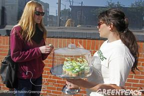 """Make Our Pins Green"" Activity in San Francisco"
