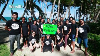 16:9 VIDEO: Activists in Fiji 'flood' Beach to protest Pipelines