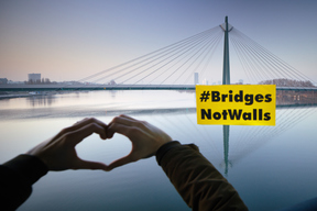 Bridges Not Walls Action in Vienna