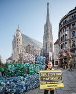 """Plastikberg"" - Action with Plastic Mountain in Vienna"