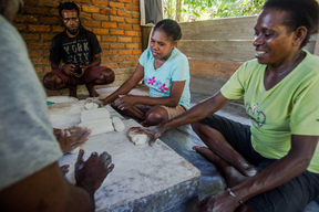 Sago Making Training for Papuans in Sungai Tohor