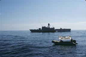 Spanish Navy interferes with Protest
