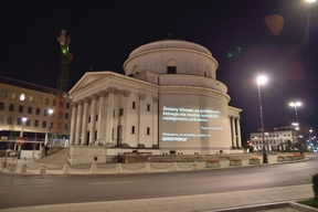 Pope´s Climate Message for World Youth Day on Iconic Building in Warsaw