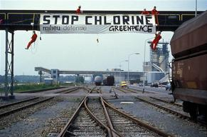 Toxics Action Blocking Chlorine Train AKZO in Delfzijl