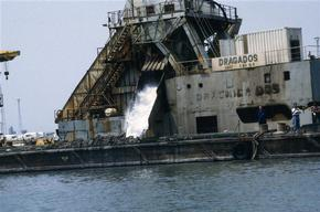 Dredging ship DRACMICA DOS in Barcelona