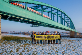 Bridges Not Walls Action in Zagreb