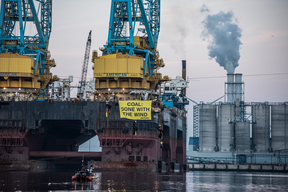 Action at RWE Coal Plant in Eemshaven