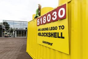 Half Million Signatures Delivered to LEGO HQ in Denmark