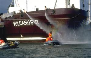 Action against Incinerator Vulcanus II in North Sea