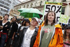 New Zealand climate ambassadors Robyn Malcolm and Lucy Lawless at the March against Mining