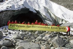 Greenpeace Solar Generation activists on Morteratsch Glacier